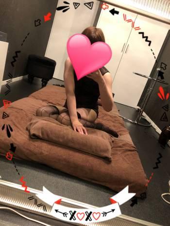 ꙳★*゚出勤꙳★*゚(2020/10/06 10:39)安西 ななみのブログ画像